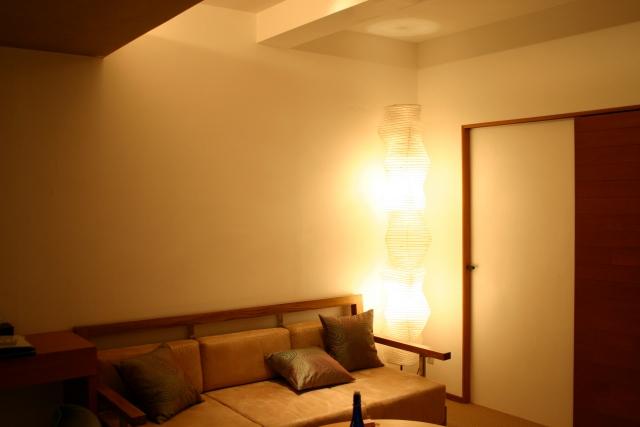 北欧部屋,間接照明,